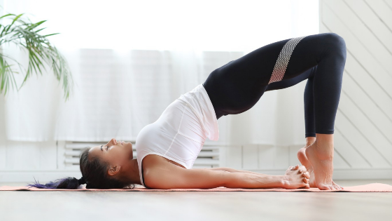 5 rutinas de yoga para practicar por la mañana aldespertar